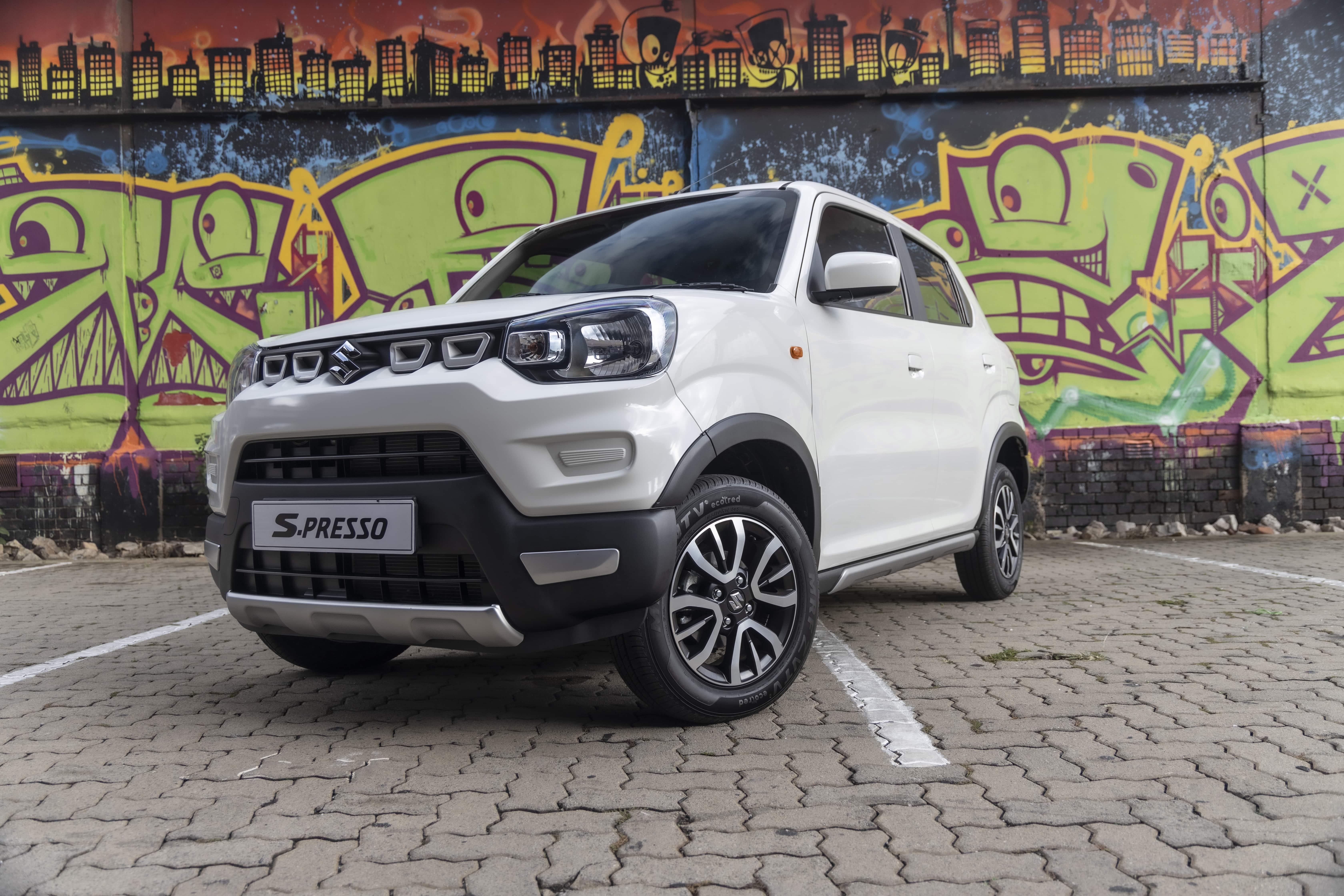 Suzuki-Review-Slider-S-Presso2